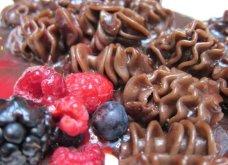 Η νέα τρέλα στην Ιταλία για επιδόρπιο: Ταλιατέλες ή πένες από σοκολάτα με φράουλες & ξηρούς καρπούς - Κυρίως Φωτογραφία - Gallery - Video 3