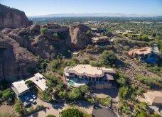 Σε αυτό το γυάλινο παλάτι έμενε η Alicia Keys: Μια βίλα - πολυέλαιος στα βουνά της Αριζόνας - Κυρίως Φωτογραφία - Gallery - Video 19
