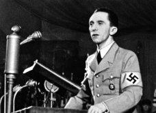 """Η γραμματέας των Ναζί στο πλάι του διαβόητου Γκέμπελς, 105 ετών, μιλάει για πρώτη φορά: """"Αν ήσαστε τότε λίγα θα κάνατε"""" - Κυρίως Φωτογραφία - Gallery - Video 5"""