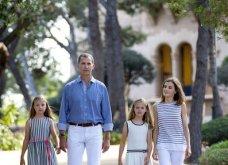 Βασιλιάς Φελίπε & Βασίλισσα Λετίσια: 28 νέες, καλοκαιρινές  φωτό με τα δυο κοριτσάκια τους - Κυρίως Φωτογραφία - Gallery - Video 11