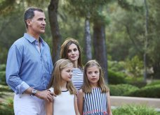 Βασιλιάς Φελίπε & Βασίλισσα Λετίσια: 28 νέες, καλοκαιρινές  φωτό με τα δυο κοριτσάκια τους - Κυρίως Φωτογραφία - Gallery - Video 16