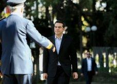 Πλήθος κόσμου στο τελευταίο αντίο στον Κωστή Στεφανόπουλο - Με τιμές αρχηγού κράτους & μεσίστιες τις σημαίες στην Βουλή - Κυρίως Φωτογραφία - Gallery - Video 9