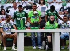 Η Σαπεκοένσε είναι και πάλι εδώ: Συγκλονιστικές εικόνες στον πρώτο αγώνα της ομάδας μετά την αεροπορική  τραγωδία - Κυρίως Φωτογραφία - Gallery - Video 2