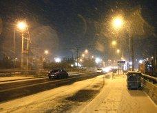 Το χιόνι έντυσε στα λευκά όλη την Αττική (φωτό) - Δείτε πού υπάρχουν προβλήματα στους δρόμους - Κυρίως Φωτογραφία - Gallery - Video 6