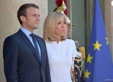 Μπριτζίτ Μακρόν: Η πιο σικ πρώτη κυρία της Γαλλίας ακόμη και με το πιο απλό λευκό φουστάνι - Κυρίως Φωτογραφία - Gallery - Video 3