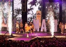 Mad VMA: Το κόκκινο χαλί - Όλες οι τραγουδίστριες αλλά η Μαρίνα Πατούλη έκλεψε την παράσταση - Η λίστα με τους νικητές (Φωτό-Βίντεο) - Κυρίως Φωτογραφία - Gallery - Video