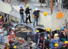30 συνταρακτικές φωτογραφίες από τον σεισμό στο Μεξικό - 230 νεκροί & σπίτια - χάρτινοι πύργοι που κατέρρευσαν - Κυρίως Φωτογραφία - Gallery - Video 24