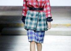 Η Μαίρη Κατράντζου εντυπωσίασε στην Εβδομάδα Μόδας του Λονδίνου – Ρούχα βγαλμένα από ταινίες της Disney - Κυρίως Φωτογραφία - Gallery - Video 18