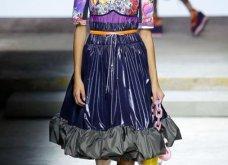 Η Μαίρη Κατράντζου εντυπωσίασε στην Εβδομάδα Μόδας του Λονδίνου – Ρούχα βγαλμένα από ταινίες της Disney - Κυρίως Φωτογραφία - Gallery - Video 8