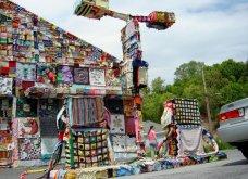 45 απίθανα σημεία η οχήματα της πόλης που διακοσμήθηκαν με πολύχρωμα πλεκτά - Κυρίως Φωτογραφία - Gallery - Video 19