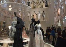 Αποκλειστικές φωτο & βίντεο Christian Dior: Έκθεση ύμνος  στην μόδα  από το Παρίσι -Απολαύστε  την  - Κυρίως Φωτογραφία - Gallery - Video 22