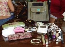 Αχ και να βλέπατε - αν και ξέρετε- τι κουβαλάνε οι γυναίκες μέσα στην τσάντα τους! (ΦΩΤΟ) - Κυρίως Φωτογραφία - Gallery - Video