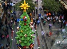Εντυπωσιακά Χριστουγεννιάτικα δέντρα σε όλες τις γωνίες του πλανήτη - Αυτά είναι τα ομορφότερα από το Λονδίνο ως τη Βυρηττό - Κυρίως Φωτογραφία - Gallery - Video 8