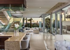 Εκθαμβωτική βίλα από γυαλί στην Καλιφόρνια - Πωλείται έναντι των 10 εκατ. ευρώ (ΦΩΤΟ)  - Κυρίως Φωτογραφία - Gallery - Video 4