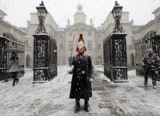 Σε «κόκκινο συναγερμό» το Λονδίνο: Η χιονοθύελλα σάρωσε τα πάντα (ΒΙΝΤΕΟ) - Κυρίως Φωτογραφία - Gallery - Video