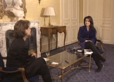 Aποχαιρετώ το Mega Channel με την ωραιότερη (;) ανάμνηση μου: Συνέντευξη με Κλαούντια Καρντινάλε στο Παρίσι - Απολαύστε την (ΒΙΝΤΕΟ) - Κυρίως Φωτογραφία - Gallery - Video