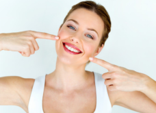 "Aποκλ: O ""γκουρού"" της αισθητικής οδοντιατρικής Μανόλης Κασωτάκης λανσάρει τo dental fitness - ""Η πρόληψη για στοματική υγεία & όχι μόνο ωραία δόντια"" - Κυρίως Φωτογραφία - Gallery - Video"