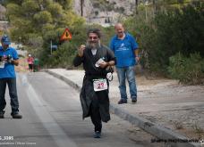Πατήρ Θεόδωρος: «Δεν μπορώ να τρέχω χωρίς τα ράσα!»- 430 χιλιόμετρα μέσα σε 90 ώρες! - Κυρίως Φωτογραφία - Gallery - Video