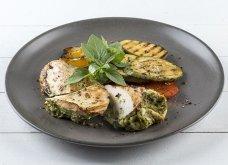 Το Σαββατοκύριακο θέλει τέλειο φαγάκι :Κοτόπουλο γεμιστό με πέστο από τον Άκη (ΒΙΝΤΕΟ) - Κυρίως Φωτογραφία - Gallery - Video