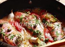 Μπαρμπούνια στο τηγάνι με ντομάτα & κάππαρη από την υπέροχη Ντίνα Νικολάου - Κυρίως Φωτογραφία - Gallery - Video