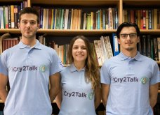 Made in Greece: Έλληνες φοιτητές του ΑΠΘ έφτιαξαν εφαρμογή που «αποκρυπτογραφεί» το κλάμα μωρού - Κυρίως Φωτογραφία - Gallery - Video