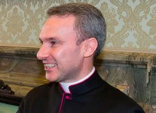Ιερέας του Βατικανού με... αγγελικό πρόσωπο: Παραδέχομαι ότι είχα εικόνες σεξουαλικής κακοποίησης παιδιών! - Κυρίως Φωτογραφία - Gallery - Video