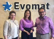 Αποκλ. – 100% Made in Greece η Evomat – Ο «παθιασμένος» Κώστας Πιπιλής μετατρέπει με καινοτομία τις επιφάνειες σε μαγνήτες ή σε πίνακα μαρκαδόρου! - Κυρίως Φωτογραφία - Gallery - Video