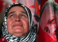 """Εκλογές Τουρκία: Ο """"Σουλτάνος"""" Ερντογάν πρόεδρος ξανά & δυνατός στη Βουλή- Πανηγυρισμοί & κλάμματα (ΦΩΤΟ-ΒΙΝΤΕΟ) - Κυρίως Φωτογραφία - Gallery - Video"""