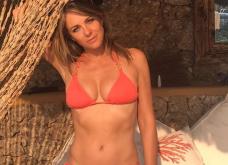 """Η Elizabeth Hurley με θαλασσί μαγιό καλωσορίζει το καλοκαίρι & κάνει το instagram να """"παίρνει φωτιά""""! (ΦΩΤΟ) - Κυρίως Φωτογραφία - Gallery - Video"""