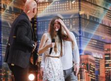 """13χρονη ανέβηκε στην σκηνή του """"Αμερική έχεις ταλέντο"""" με απίστευτο τρακ-  Όταν όμως άρχισε να τραγουδά... (ΒΙΝΤΕΟ)  - Κυρίως Φωτογραφία - Gallery - Video"""