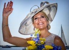 Η Βασίλισσα Μαξίμα της Ολλανδίας σε απίθανα χαμογελαστή λαμπερή εμφάνιση μέρες  μετά  την αυτοκτονία   της  αδελφής της (φωτο) - Κυρίως Φωτογραφία - Gallery - Video