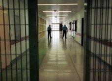 """Στην φυλακή η 46χρονη γυναίκα-αράχνη : """"ξαλάφρωνε """" δεκάδες υπερχρεωμένους πολίτες - 2 εκ ευρώ η λεία της!  - Κυρίως Φωτογραφία - Gallery - Video"""