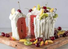 Η απόλυτη συνταγή του καλοκαιριού-σε βίντεο -Τούρτα καρπούζι με σαντιγί από τον Άκη Πετρετζίκη  - Κυρίως Φωτογραφία - Gallery - Video