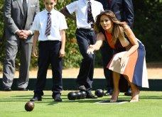 Η Μελάνια Τράμπ σε μεγάλα κέφια με φόρεμα της  Βικτόρια Μπέκαμ-  Παιχνίδια με την μπάλα & τα Louboutin Louboutin (ΦΩΤΟ)  - Κυρίως Φωτογραφία - Gallery - Video