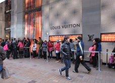 Άραβες και Κινέζοι κάνουν ουρές σε Louis Vuitton και Chanel στην Κωνσταντινούπολη - Χαμηλές τιμές λόγω υποτίμησης - Κυρίως Φωτογραφία - Gallery - Video