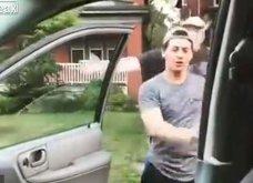 Βίντεο: Άνδρας - ντουλάπα ρίχνει άγριο χαστούκι σε νεαρό που κάνει το «kiki challenge»    - Κυρίως Φωτογραφία - Gallery - Video