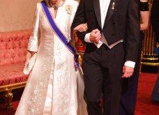 Κόκκινο χαλί στο Μπάκιγχαμ: Η Κέιτ Μίντλετον έβαλε την τιάρα της Πριγκίπισσας Νταϊάνα - Ελισάβετ και Καμίλα με λευκά σχεδόν σαν νύφες (Φωτό) - Κυρίως Φωτογραφία - Gallery - Video 4