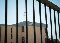 Απόπειρα αυτοκτονίας στο σχολείο που αυτοκτόνησε ο 15χρονος της Αργυρούπολης  - Κυρίως Φωτογραφία - Gallery - Video