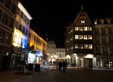 Από το Στρασβούργο με αγάπη: Το μοναδικό χριστουγεννιάτικο δέντρο όλο με στολίδια-δαντέλες στο χέρι! Φωτό από τη ρομαντική πόλη του Ευρωκοινοβουλίου (Φωτό & Βίντεο) - Κυρίως Φωτογραφία - Gallery - Video