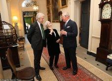 9 φωτογραφίες της βασιλικής οικογένειας για πρώτη φορά: Ο Κάρολος με τον εγγονό του, με τις κότες του και με όλη τη φαμίλια (Φωτό) - Κυρίως Φωτογραφία - Gallery - Video 3