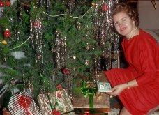 43 Vintage κλικς: Ώριμες νοικοκυρές της δεκαετίας του 60' ποζάρουν δίπλα στο Χριστουγεννιάτικο δένδρο τους    - Κυρίως Φωτογραφία - Gallery - Video