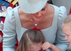 Την έσωσε το μητρικό ένστικτο! - Η Κέιτ Μίντλετον έπιασε την πριγκίπισσα Σαρλότ λίγο πριν πέσει από το μπαλκόνι του Μπάκιγχαμ (φωτό- βίντεο) - Κυρίως Φωτογραφία - Gallery - Video 3