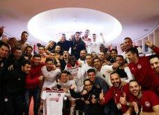 Europa League: Ο θρίαμβος του Ολυμπιακού, οι πανηγυρισμοί του Μαρινάκη και το πριμ - Το εντυπωσιακό coreo (Φωτό & Βίντεο) - Κυρίως Φωτογραφία - Gallery - Video