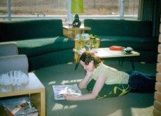 Vintage pics: Πως ήταν οι καναπέδες την δεκαετία του '50; - Έντονα μοτίβα και πολλά σχέδια - Κυρίως Φωτογραφία - Gallery - Video