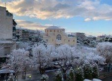 10 εκπληκτικές φωτογραφίες της χιονισμένης Αθήνας: Η Βουλή, ο «Δρομέας» και η Ακαδημία στα λευκά (Φωτό) - Κυρίως Φωτογραφία - Gallery - Video 2