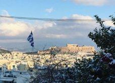 10 εκπληκτικές φωτογραφίες της χιονισμένης Αθήνας: Η Βουλή, ο «Δρομέας» και η Ακαδημία στα λευκά (Φωτό) - Κυρίως Φωτογραφία - Gallery - Video 6