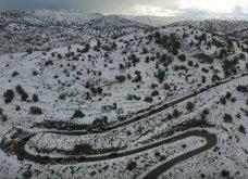 Υπέροχος & αρχοντικός ο χιονισμένος Ψηλορείτης – Ρακί & χιονοπόλεμος για τους μποτιλιαρισμένους επισκέπτες (Βίντεο) - Κυρίως Φωτογραφία - Gallery - Video