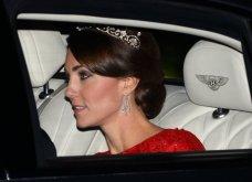 Αυτά είναι τα υπέροχα κοσμήματα που έχει λάβει η Κέιτ Μίντλεντον ως δώρα από την βασιλική οικογένεια (φωτό) - Κυρίως Φωτογραφία - Gallery - Video 11