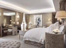 Εδώ στο Hotel de Crillon μένουν οι διασημότητες στο Παρίσι: Xλιδάτες σουίτες με υπογραφή Λάγκερφελντ & ατμόσφαιρα εποχής (φωτό) - Κυρίως Φωτογραφία - Gallery - Video 7