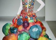22 τρελές - τρελές εμφανίσεις σε πασαρέλες της Haute Couture που άφησαν εποχή (φώτο) - Κυρίως Φωτογραφία - Gallery - Video 18